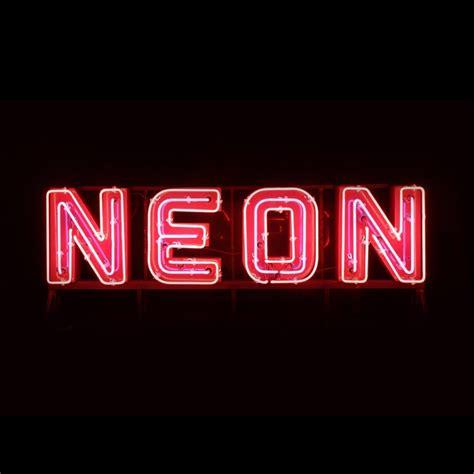 le de bureau neon neon pic wallpaper sportstle