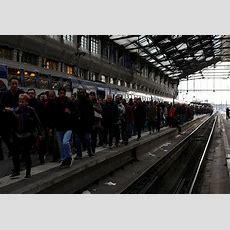 France Crippled As Thousands Join 'black Tuesday' Railway Strikes  News  Telesur English