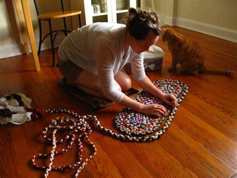 how to make a rug file a braided rug jpg wikimedia commons