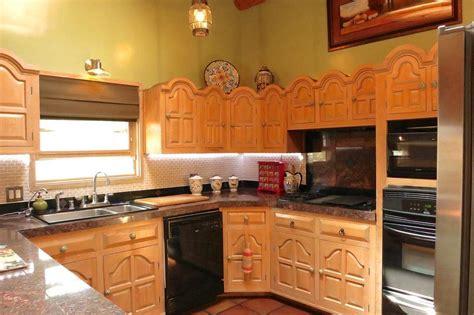selling kitchen cabinets 2812 pueblo bonito santa fe nm 87505 mls 201304355 2159