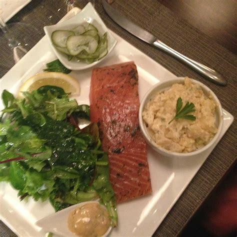 saumon cuisine fut馥 autour du saumon restaurant 15ème dans la cuisine de françoise