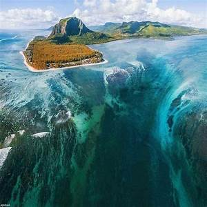 The, Underwater, Waterfall, At, Le, Morne, Brabant, Mauritius