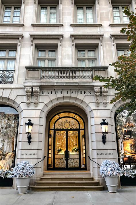 To participate, simply add merchandise to your shopping basket and complimentary standard delivery will automatically be applied. The Ultimate New York City Holiday Guide | Katie's Bliss