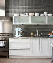 Modern White Kitchen Backsplash 15 Kitchens With Stainless Steel Countertops
