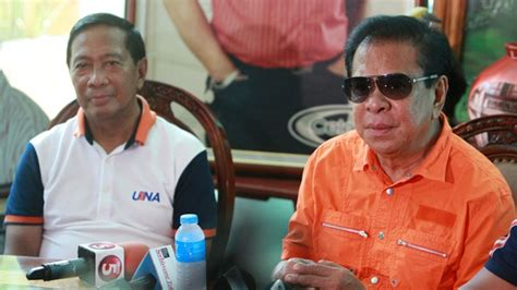 Una, Chavit And 'going Against History'