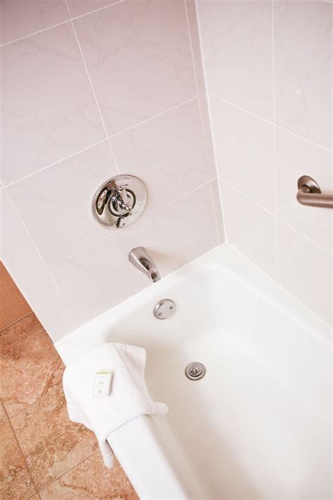 Bathtub Refinishers by See Our Hotel Bathroom Refinishing Work Safe Step