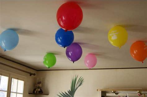 grand classique cuisine faites tenir vos ballons de baudruche au plafond sans