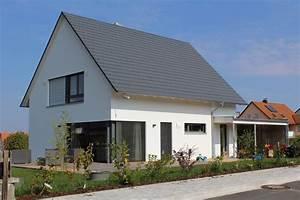 einfamilienhaus holzhaus satteldach modern carport modern With französischer balkon mit naturstein im garten das grosse ideenbuch