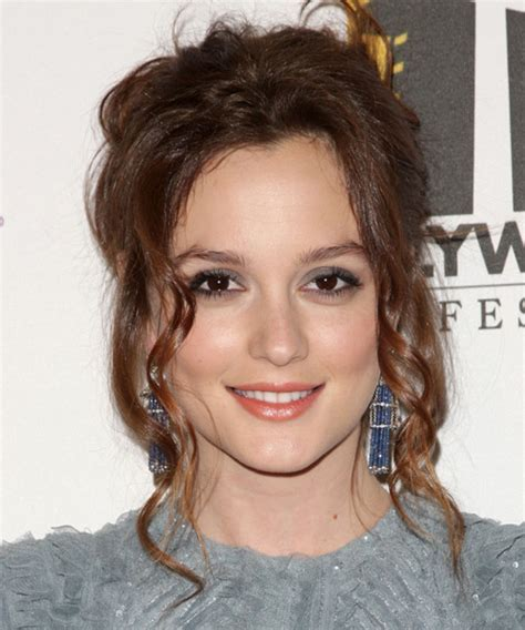 Leighton Meester Hairstyles for 2017   Celebrity