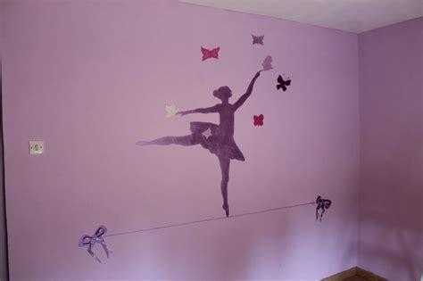 chambre fille etoile peinture sur le mur de la chambre d 39 une fille lilyart