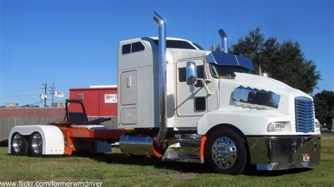 big kenworth trucks custom kenworth trucks www pixshark com images