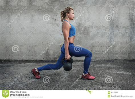 lunges kettlebells makes kettlebell weights preview weight