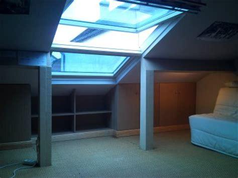 armoire chambre placard sous pente chambre mansardé rangement sous pente