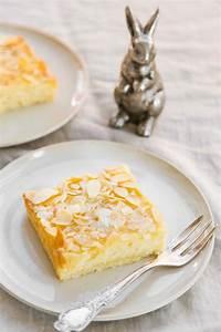 Rezept: Blitzschneller Blechkuchen mit Buttermilch und Mandeln
