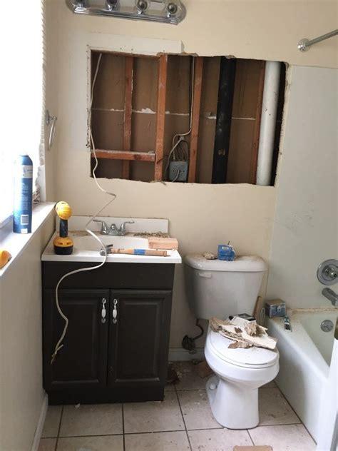 Budget Bathroom Ideas by Small Master Bathroom Makeover On A Budget Future Farm