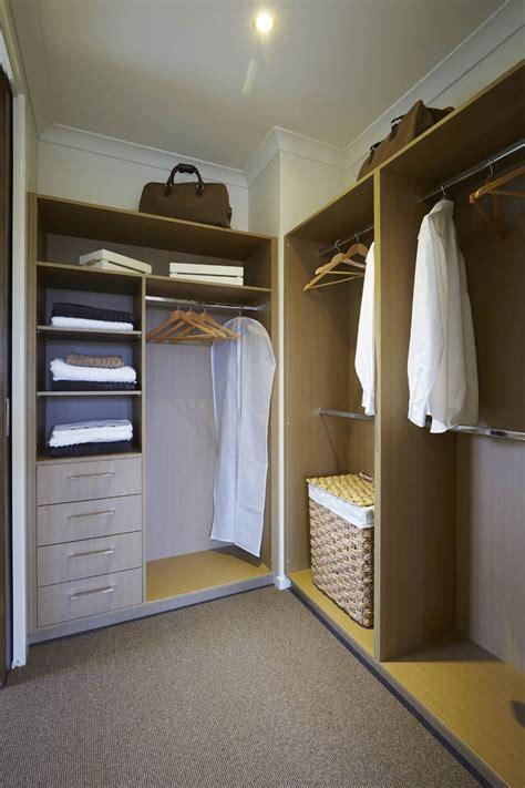 best walk in robes 25 best ideas about walk in robe designs on pinterest master closet layout master closet
