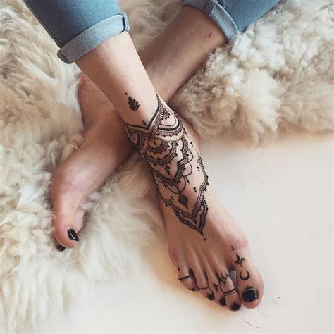 Best 25+ Henna Tattoo Foot Ideas On Pinterest  Foot Henna