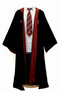 harry potter wizard robe cloak gryffindor the drawing of With robe de sorcier
