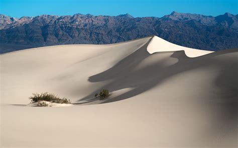 Desert Landscape Simple Wallpapers Hd Desktop And