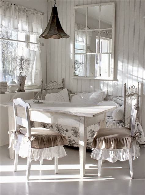 möbel im shabby look ambiance cottage anglais d 233 co en 2018 shabby chic chic et deco