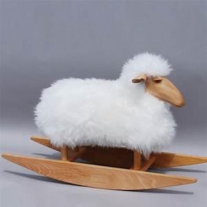 Mouton A Bascule : mouton bascule design hanns peter krafft enfants a bascule roulettes et p dales design ~ Teatrodelosmanantiales.com Idées de Décoration
