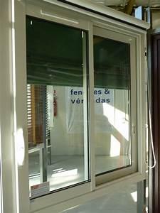 Store occultant interieur pour fenetre 5 rideau cuisine for Store occultant interieur pour fenetre