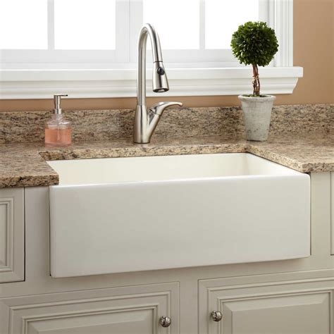 30 Northing Fireclay Farmhouse Sink With Fluted Apron