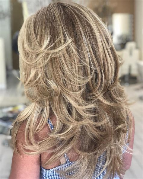 40 Trendy Hairstyles and Haircuts for Long Layered Hair To ...