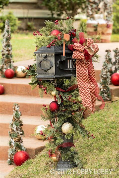 10 Christmas Decorating Ideas  Interior Design Magazines