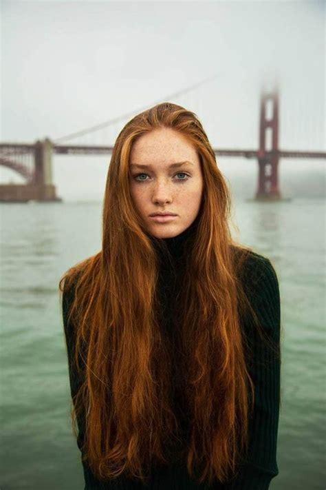 Coiffure cheveux longs roux automne-hiver 2018 - Coiffure cheveux longs  des coupes de cheveux ...