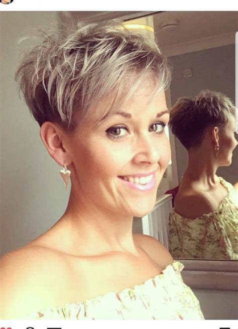 haircuts for thick hair best 25 pixie hairstyles ideas on hair 9841