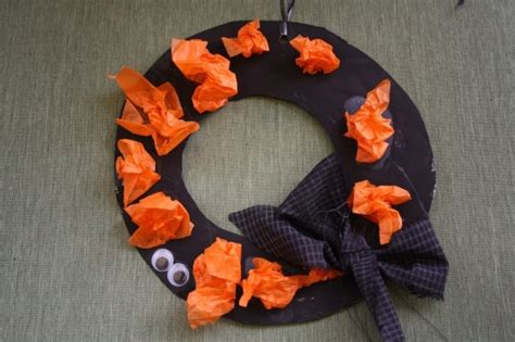 21 easy crafts for preschoolers happy hooligans 608 | IMG 7509