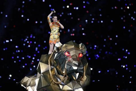 super bowl  katy perrys  time performance