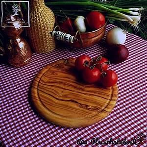 Schneidebrett Holz Rund : schneidebrett rund und mit saftrille olivenholzprodukte ~ Markanthonyermac.com Haus und Dekorationen