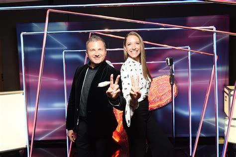 «Голос країни-10»: зіркові учасники шоу | Starbom.com