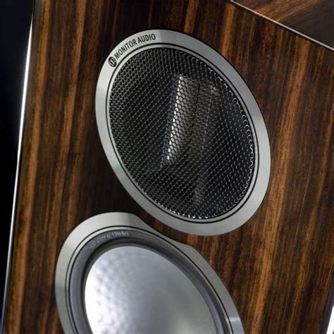 grote boekenplankspeakers review monitor audio gold 100 alpha audio