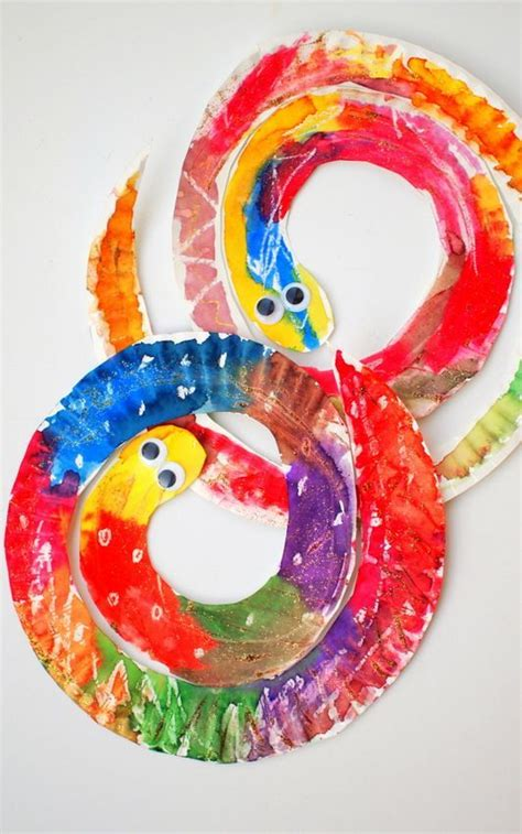 easy  colorful paper plate snakes beautiful