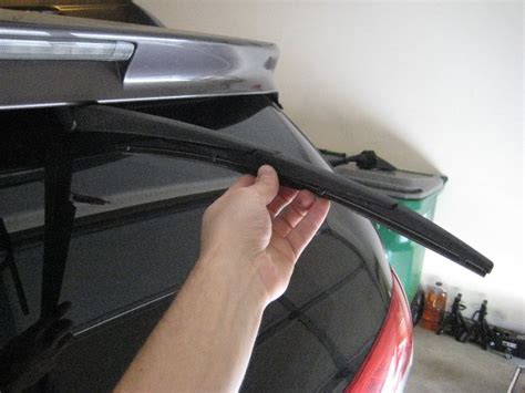 toyota sienna rear window wiper blade replacement guide