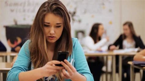 How Does Cyberbullying Affect The Lives Of Young People