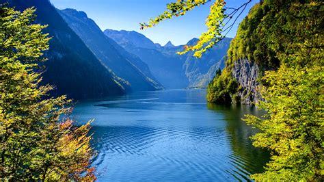 Animated Lake Wallpaper - a beautiful lake wallpaper and background image 1366x768
