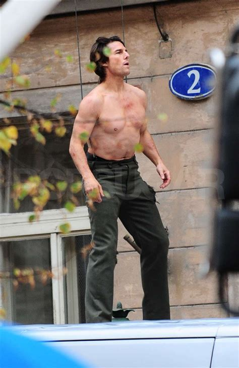 pictures  tom cruise shirtless    stunts