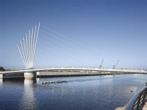 Gallery of Media City Footbridge / WilkinsonEyre - 7