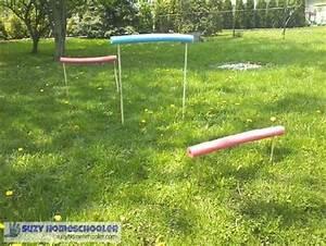 Pool Aufblasbar Groß : gross motor pool noodle toddler activities suzy homeschooler ~ Yasmunasinghe.com Haus und Dekorationen