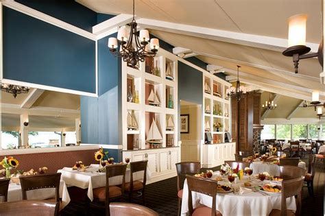 Abbey Springs Yacht Club. Lake Geneva, Wi. Interior Design