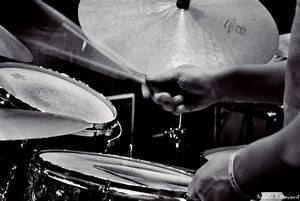 Pin, Em, Jazz, Nu, Ato