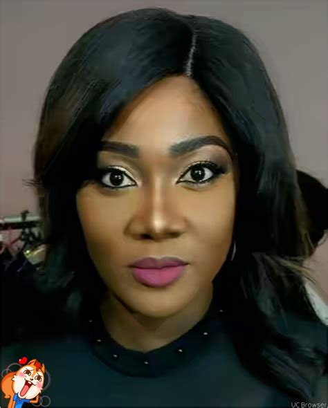 Nollywood Actress Mercy Johnson Twerks At Glo Music Tour