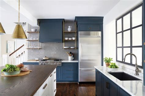 hardware on kitchen cabinets 296 best hh images on decks hton style and 4149