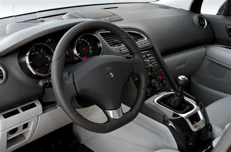 Peugeot 5008 Interni by Interni 5008 Peugeot