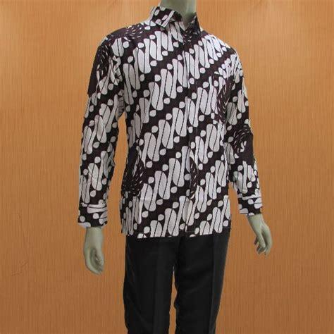 model baju batik pria lengan panjang dengan krah kemeja