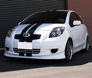 Toyota Yaris Sport : stripe kit sticker decal for toyota yaris vitz ts rs front light bumper grille decals for ~ Medecine-chirurgie-esthetiques.com Avis de Voitures